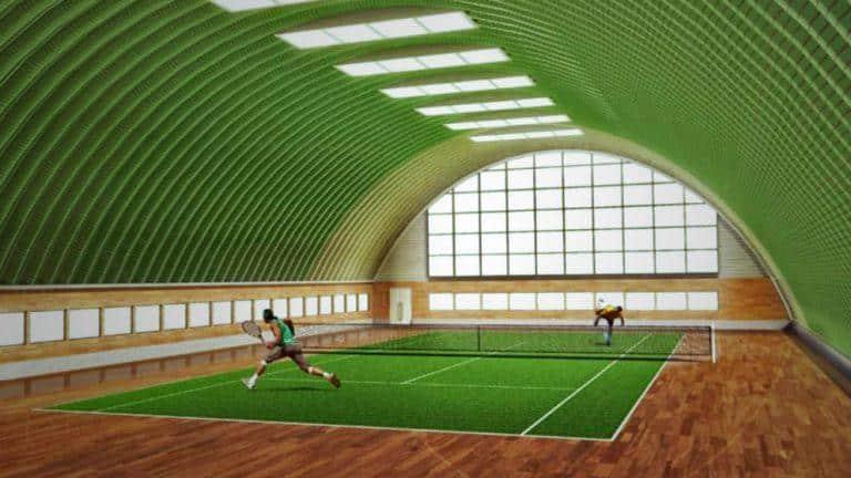 Теннисный корт в бескаркасном ангаре смотрится отлично